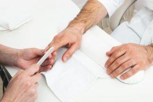 Herrenmaniküre - Pflege für Männer